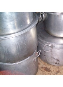 Large Flat Cooking Pots 120 qt.